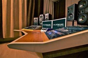 Großes Studio hauptberuflich betreiben